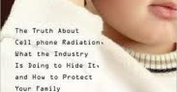 """""""Disconnect"""" Movie: Exposing The Cell Phone Radiation Cover Up"""